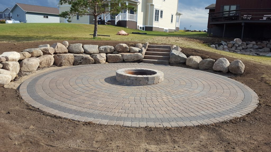 landscape patio retaining wall firepit